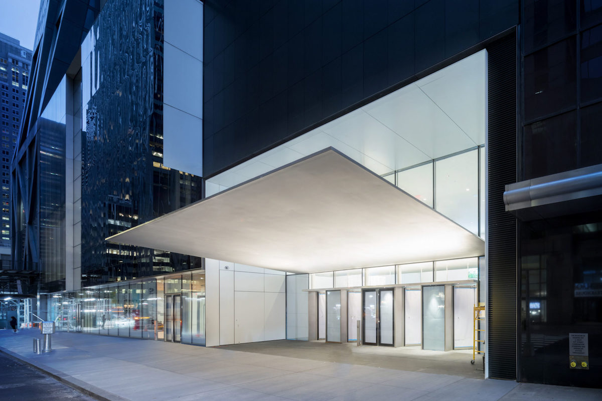 Exterior view of The Museum of Modern Art, 53rd Street Entrance Canopy, The Museum of Modern Art Renovation and Expansion. Designed by Diller Scofidio + Renfro in collaboration with Gensler. Photography by Iwan Baan, Courtesy of MoMA